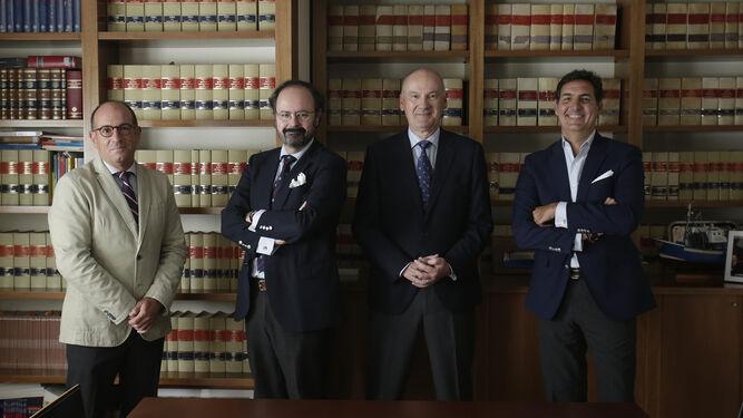 Tres prestigiosos bufetes se fusionan para potenciar el asesoramiento penal